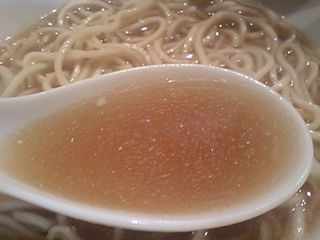 自家製麺 伊藤:スープ