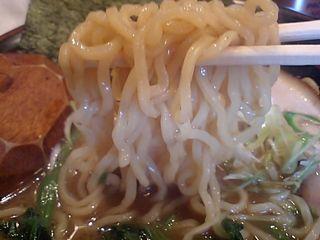 むらさき:麺