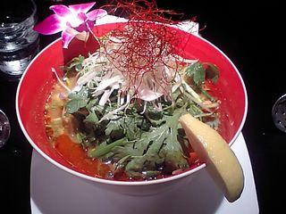 神田:冬陰激城麺